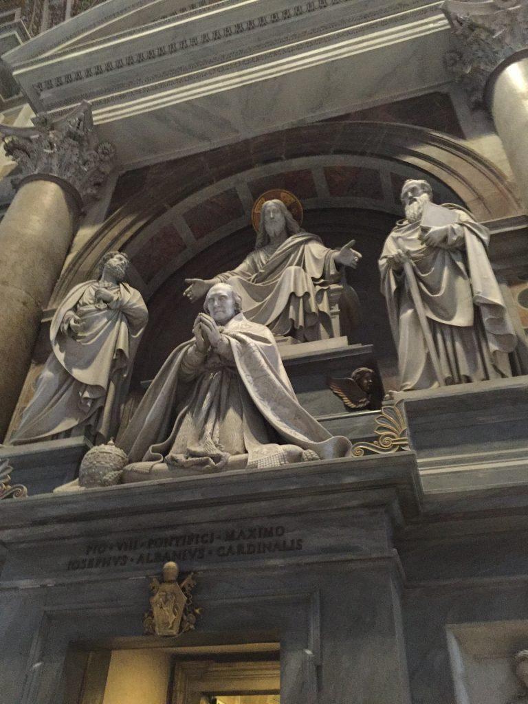 Basilica interior - pic 4