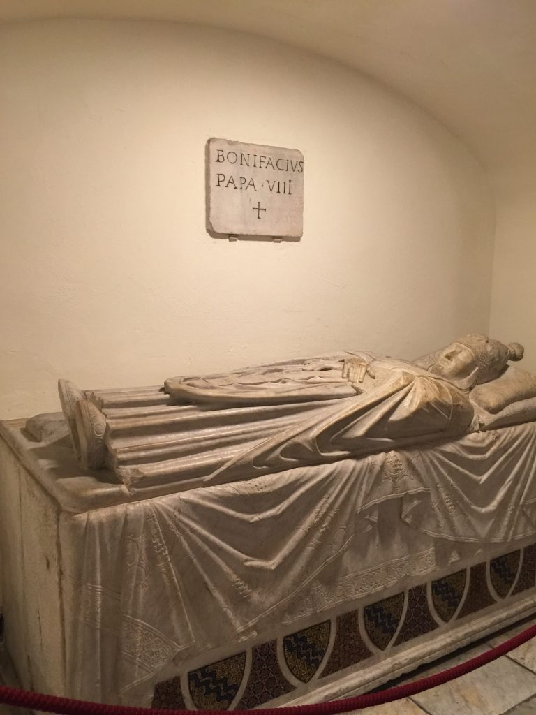 Pope in crypt - Basilica
